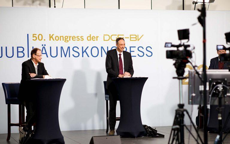 Virtueller_Kongress_DGE-BV_Bühne_Dialog